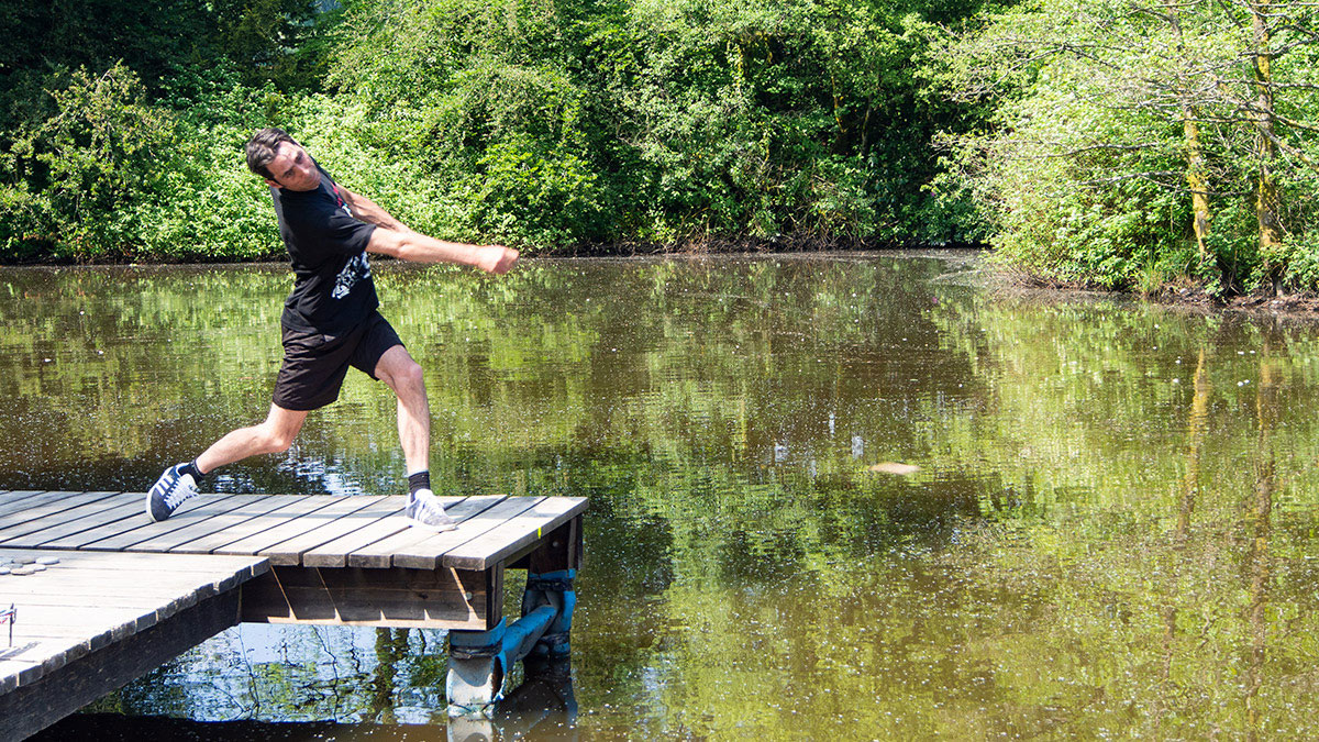 World Alternative Games Stone Skimming