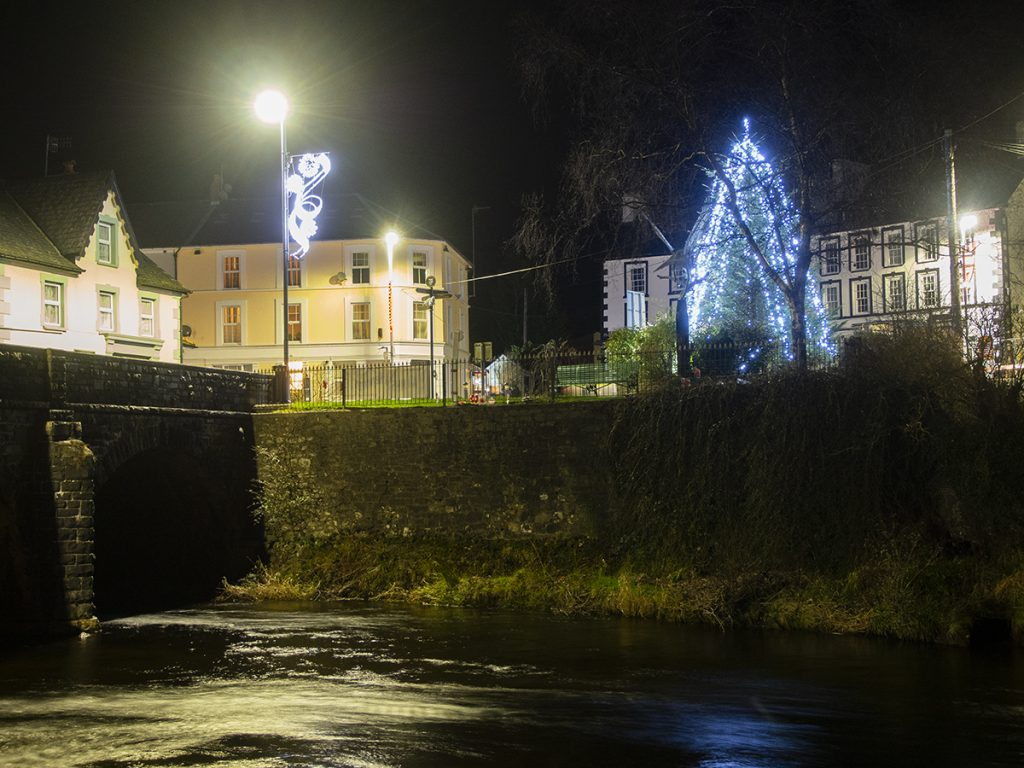 Llanwrtyd town centre light at Christmas 2020